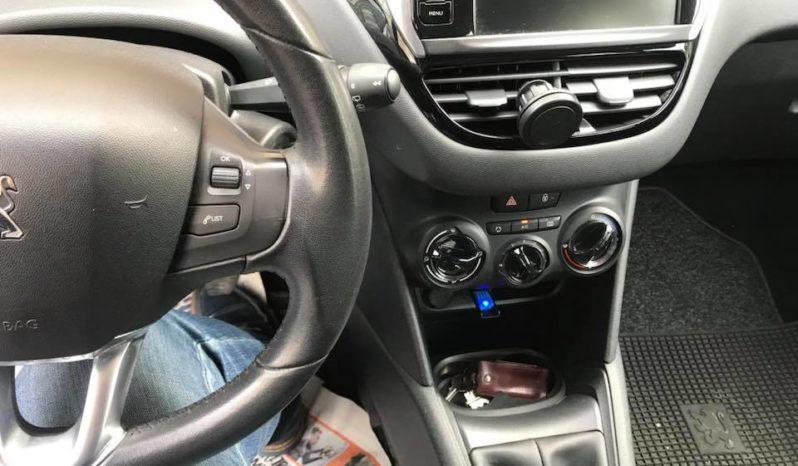 Usato Peugeot 208 2015 pieno