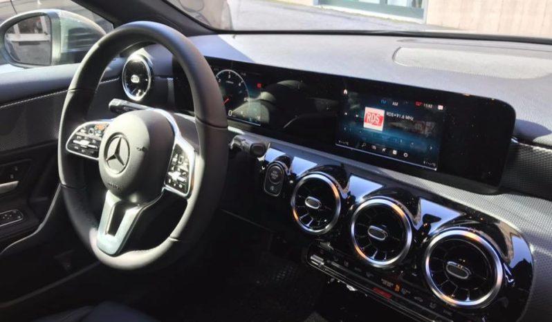Nuovo Mercedes-Benz A 180 2018 pieno