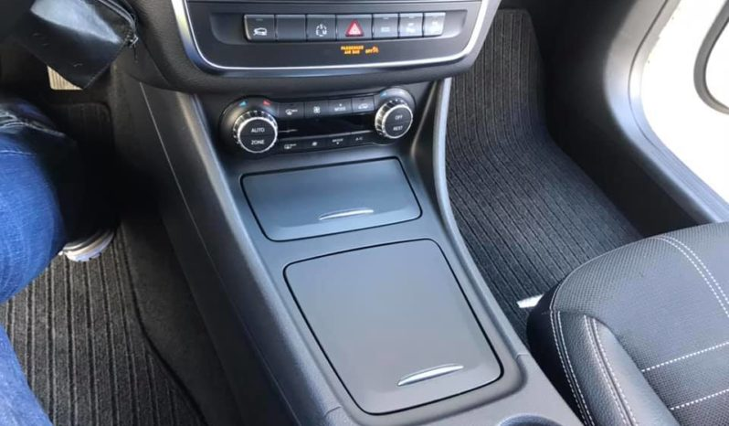 Usato Mercedes-Benz GLA 200 2014 pieno